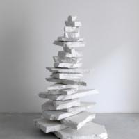Paolo Icaro, Pile up, 2008, gesso, dimensioni variabili